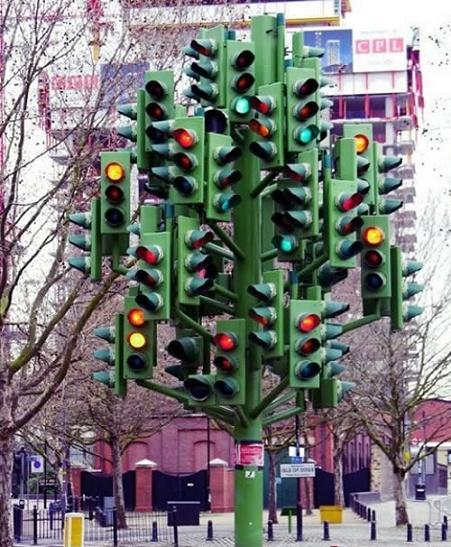 ridiculous-traffic-light